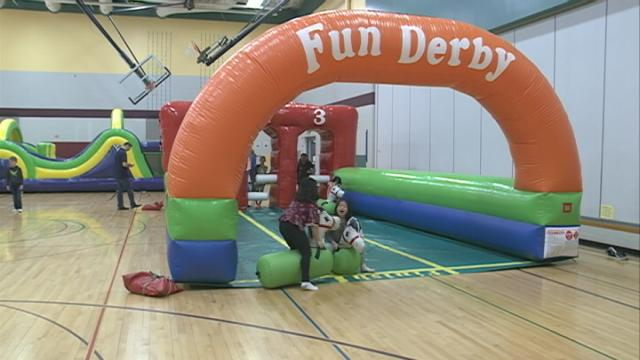 Teachers and families in Holmen work together for fun weekend and better school week