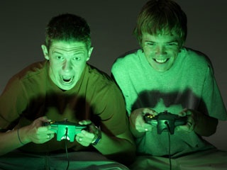 Online gaming with real-world friends is healthier
