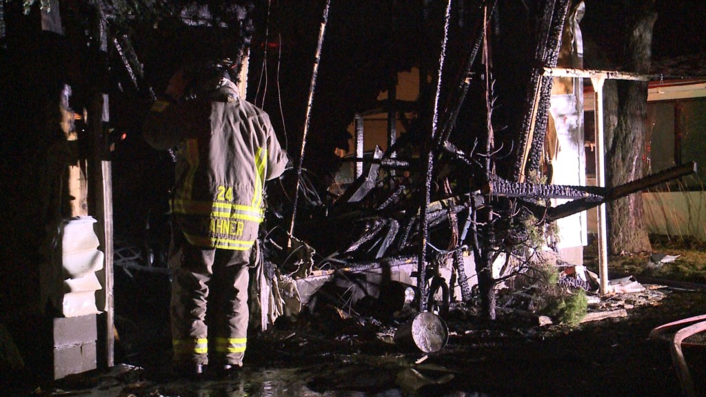 No one injured in Saturday night fire on La Crosse's south side