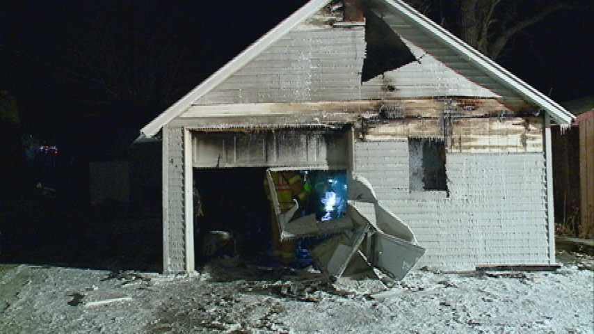 La Crescent Fire Dept. quickly puts out garage fire