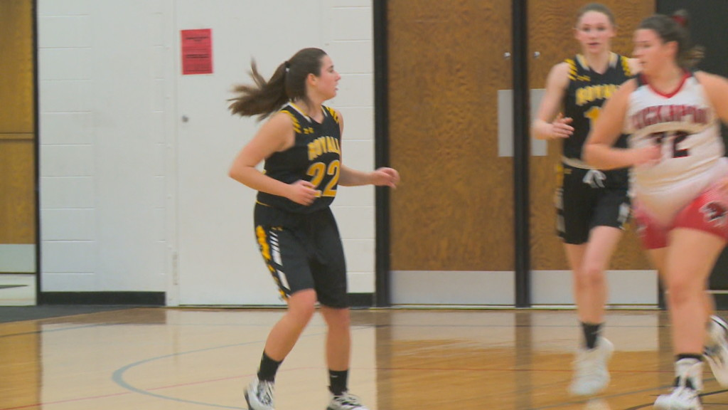 Royall wins thriller over Kickapoo girls basketball