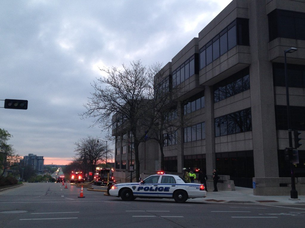 Fire closes Wisconsin government office building