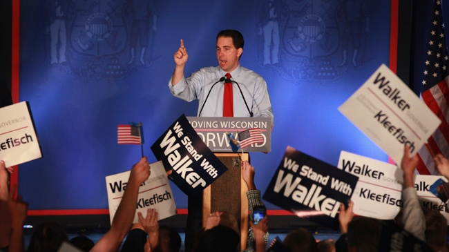 Walker picks foundation leader to head presidential campaign