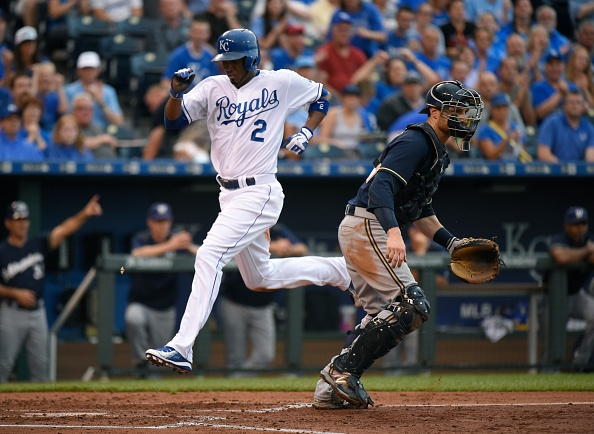 Escobar has 3 hits in Royals' 3-2 win over Brewers
