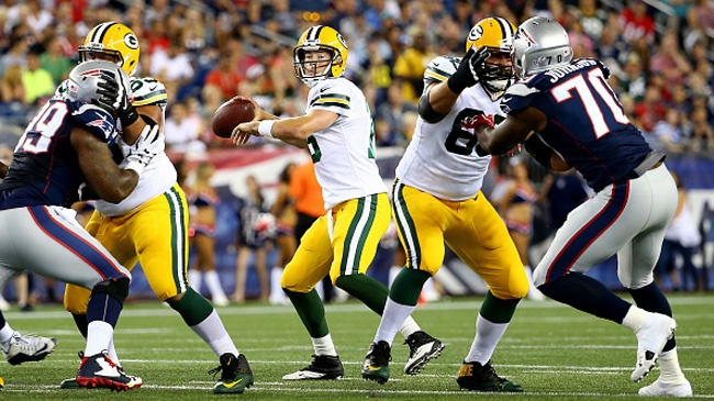 Packers test-run new play calling operation
