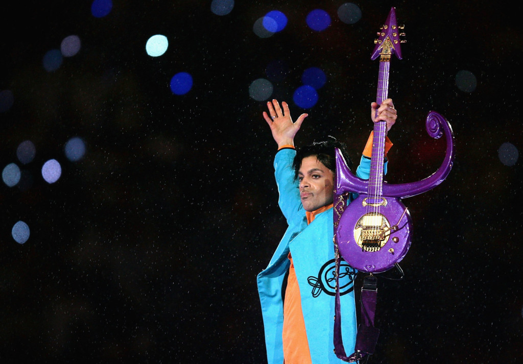 Minnesota prosecutors plan announcement on Prince death