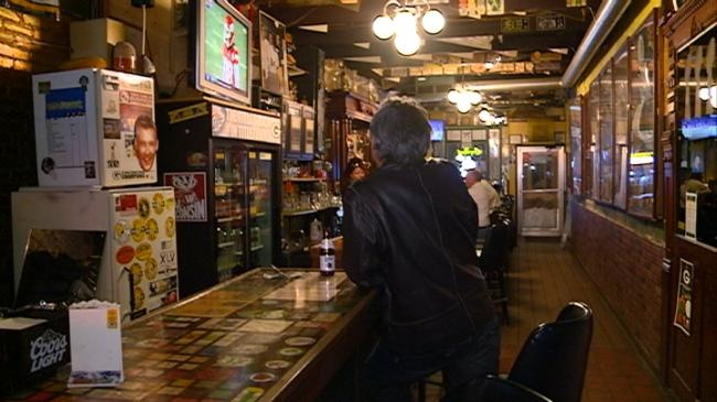 Slow night for local pub during Packer game