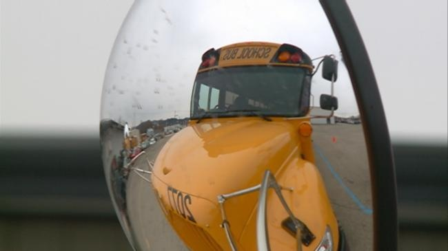 Local busing companies follow Wisconsin seat belt guidelines