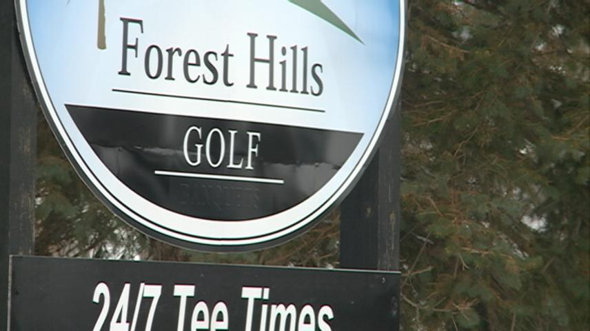 La Crosse area golf courses see season delay with weekend snowstorm