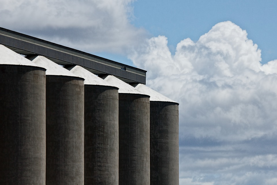 Father, son die after getting trapped in Wisconsin silo