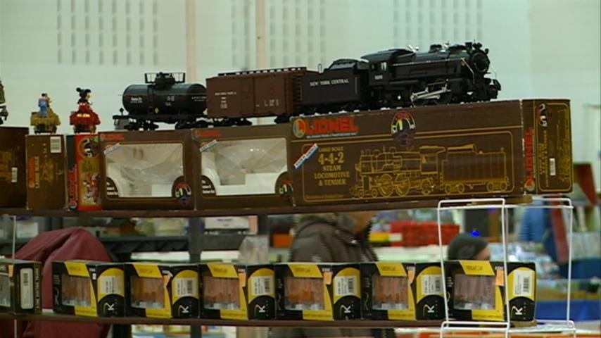Train enthusiasts gather to trade, sell and buy memorabilia