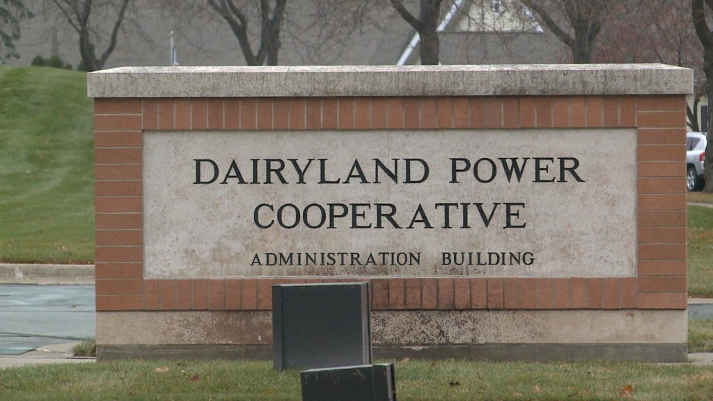 Green energy advocates deliver petitions to Dairyland Power Cooperative