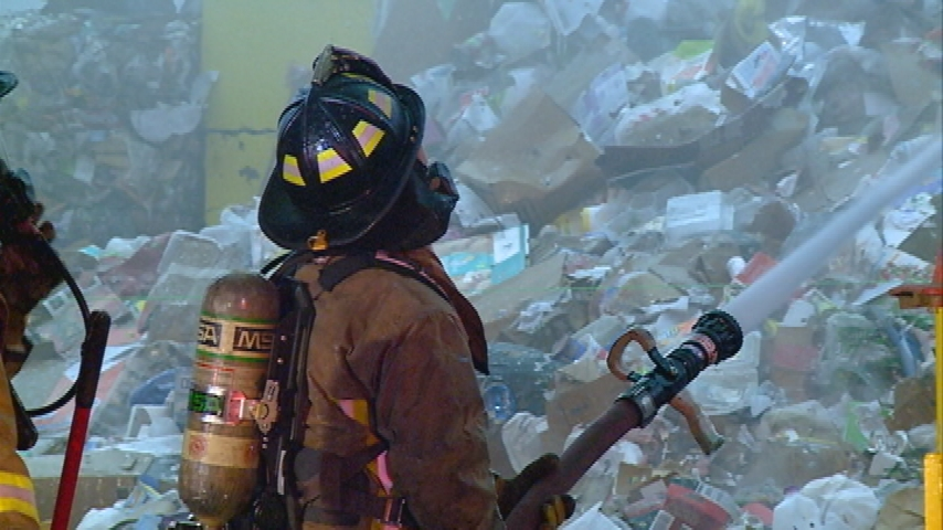 UPDATE: La Crosse firefighters battle fire at Harter's Recycling Center
