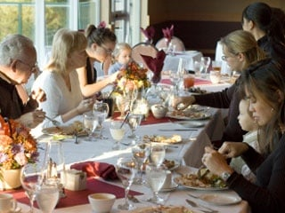 How to keep your heart healthy (and your waistline trim) at holiday meals
