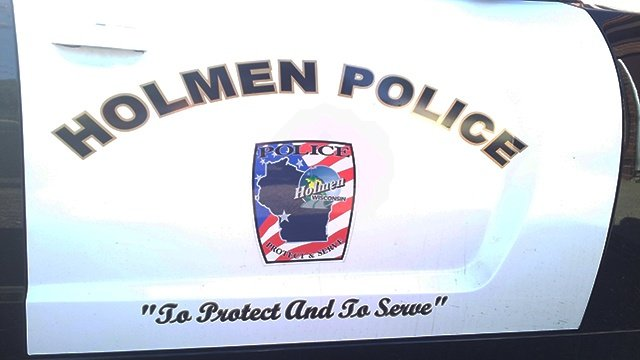 Police use 'flash bangs' in attempt to capture domestic violence suspect in Holmen