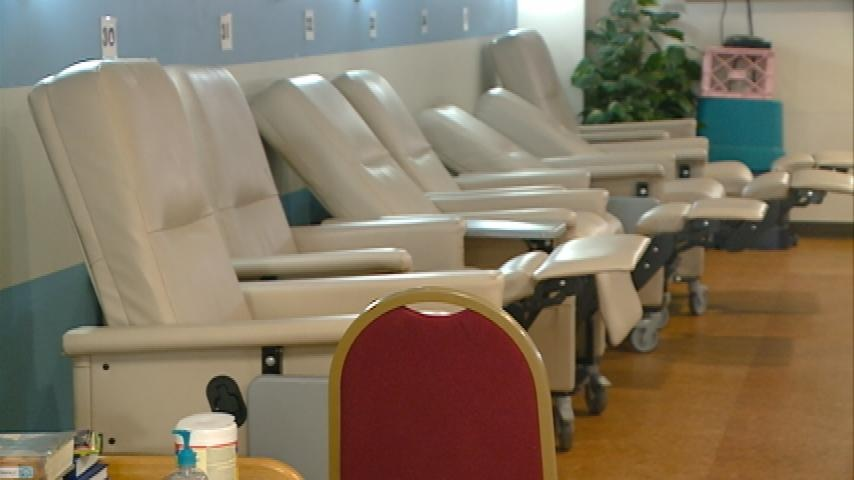 Colder weather brings more to warming center
