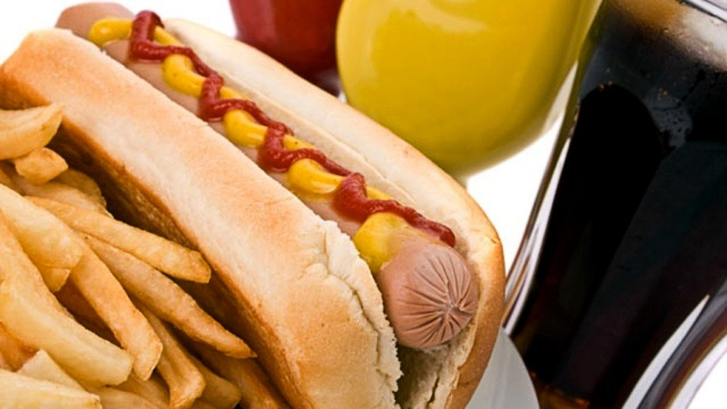 Sioux City hot dog shop to close amid eviction