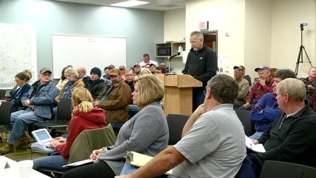 Public doesn't approve of mining ordinance draft