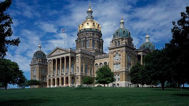 Iowa governor proposes $18 million for worker training