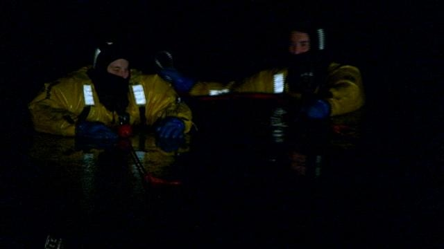 La Crosse Area Dive Unit practices ice rescue
