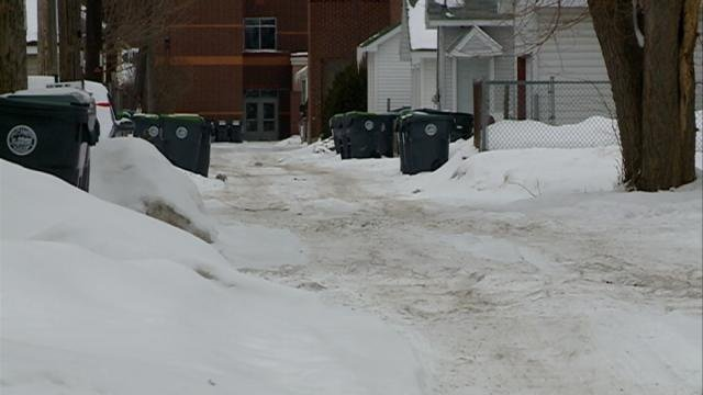 City reminds property owners to clear alleyways