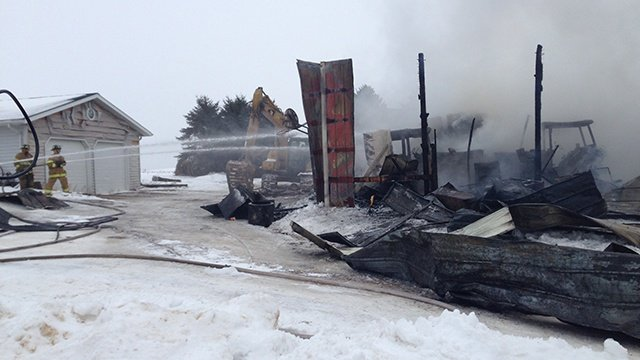 3 tractors, shed destroyed in Alma Center fire