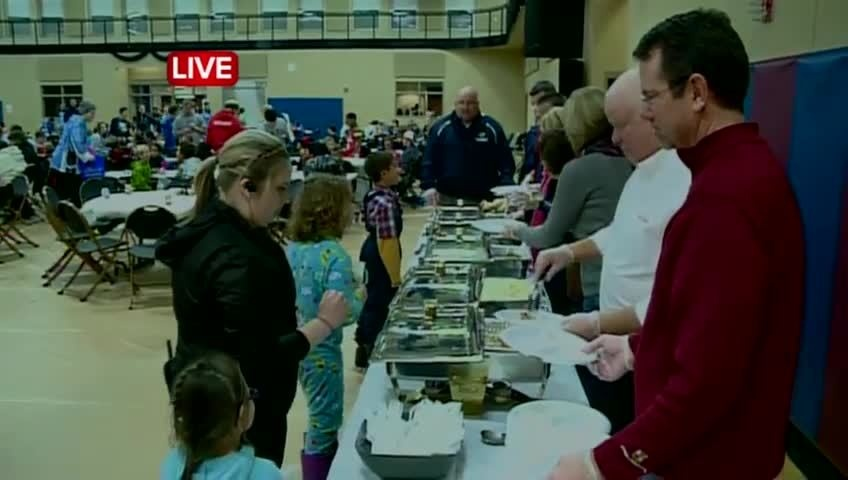 Boys & Girls Club holds annual Thanksgiving feast
