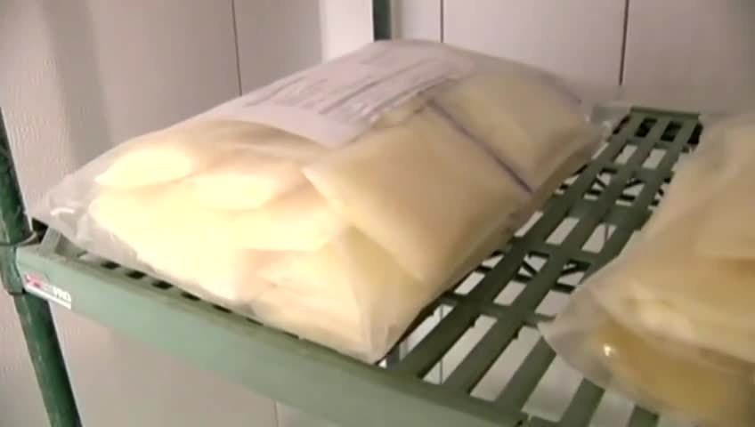 Health experts to mothers: don't buy breast milk online