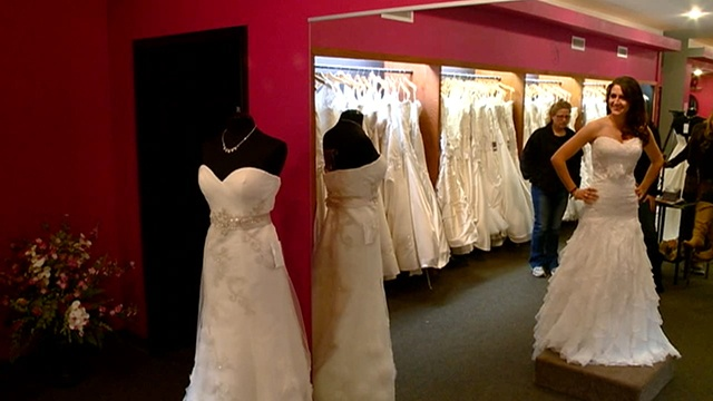 Charlotte's Bridal gives free wedding dresses to military brides-to-be