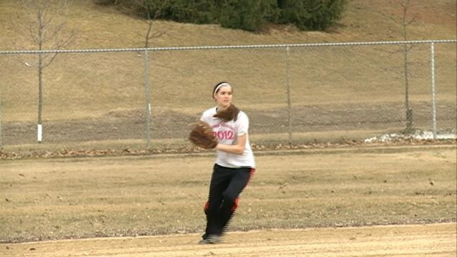 Central hopes hoops success carries to softball diamond