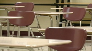 Winona teacher charged in student slapping quits