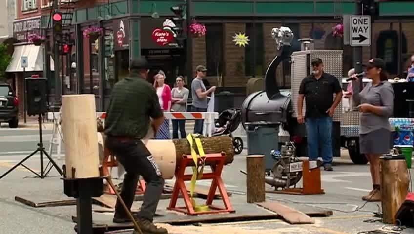 Duluth Trading Co. holds grand opening celebration in downtown La Crosse