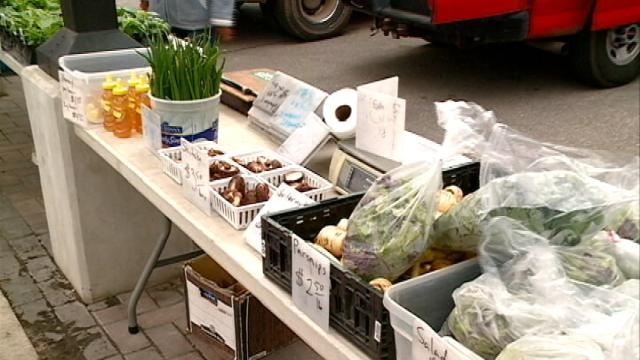 Farmer's Market Challenge gives incentive to buy local foods