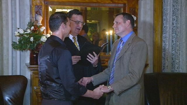 Same-sex couple makes history by saying 'I do'
