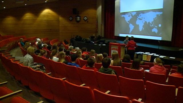 La Crosse sixth graders participate in Global Awareness Competition