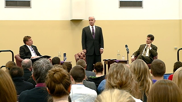 Minnesota governor attends student forum at Winona State