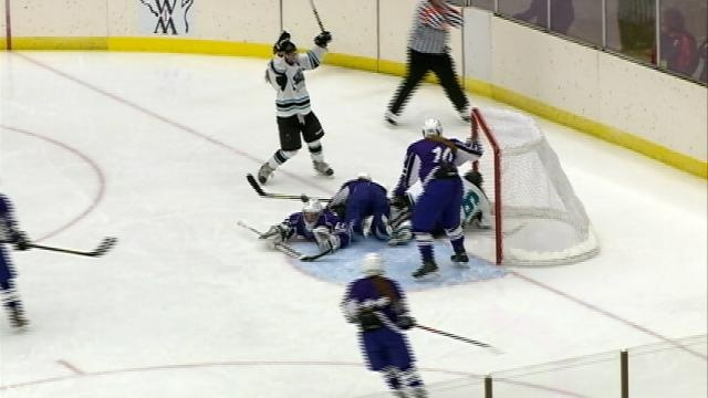 Despite late rally, Onalaska girls fall short in title game