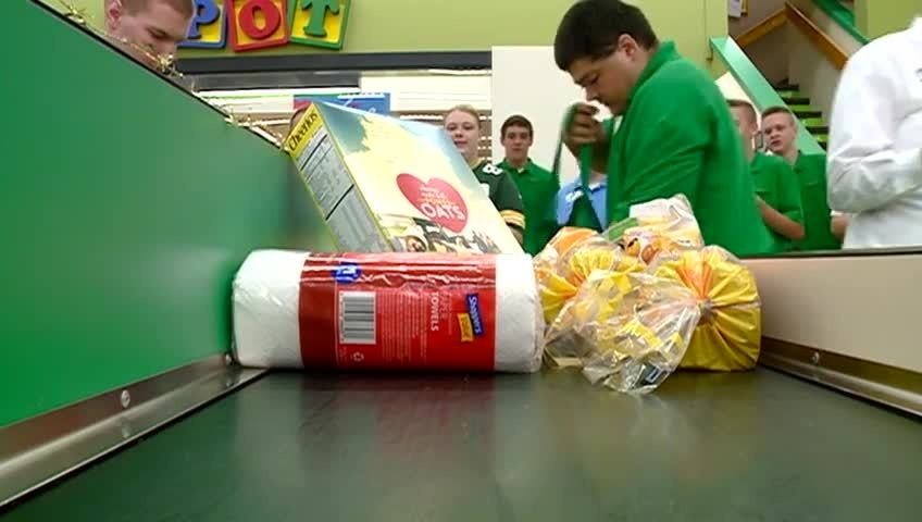 Area grocery baggers show their skills