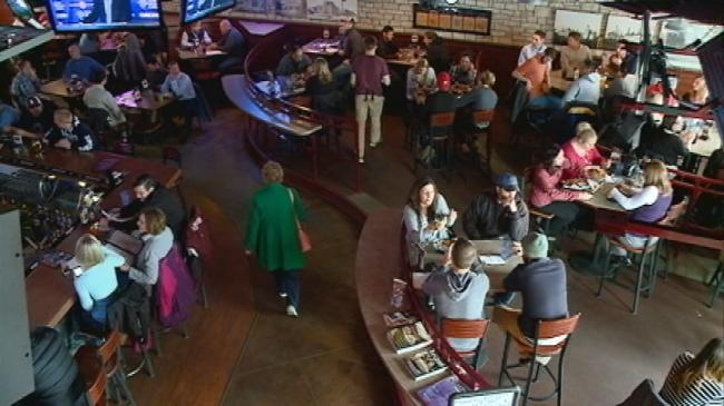 March leads to madness at local sports bars