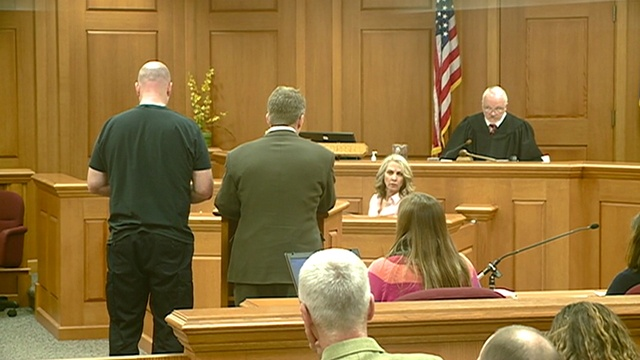 Bond lowered for La Crosse Police Sgt. accused of threatening family