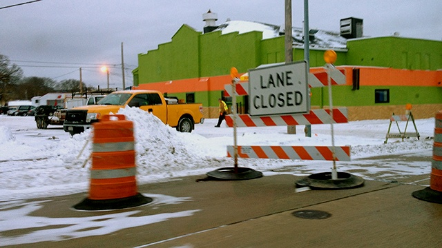 Sewer pipe repair causes Copeland Ave. lane closure