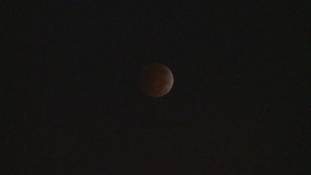 Total lunar eclipse visible early Wednesday morning