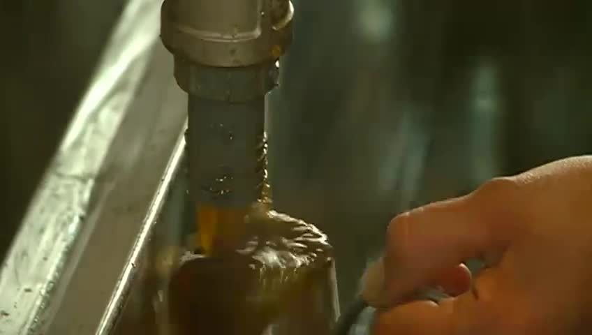 Weather causes problems for maple syrup production