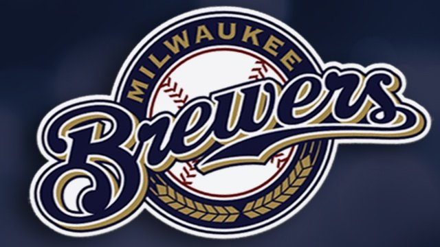 Lucroy, Braun lead Brewers beat Indians