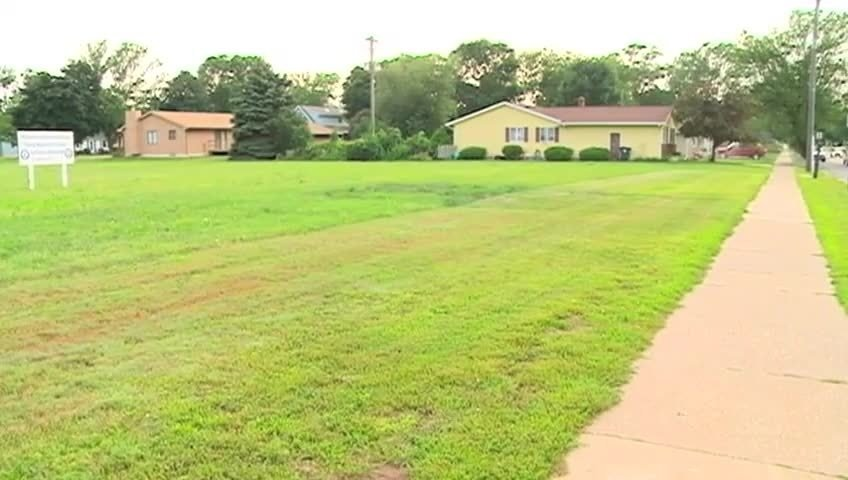 Public gives input on plans for site of former Naval Reserve Center