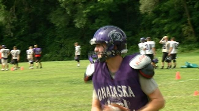 'Two-a-days': The 2015 Onalaska Hilltoppers