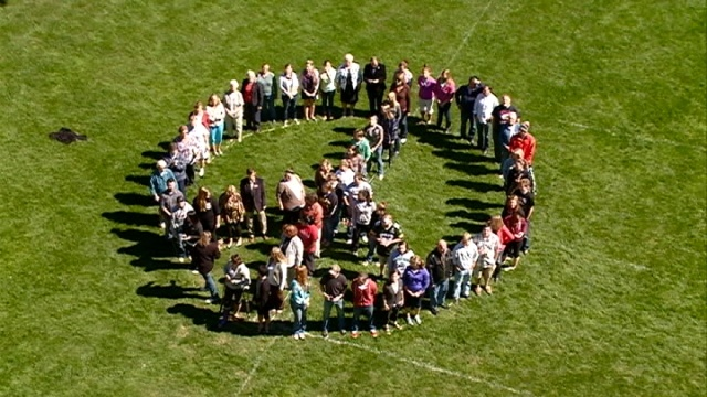 Viterbo students, staff make message of peace