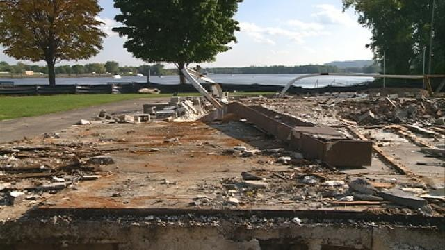 Pettibone Boat Club torn down to make room for new building