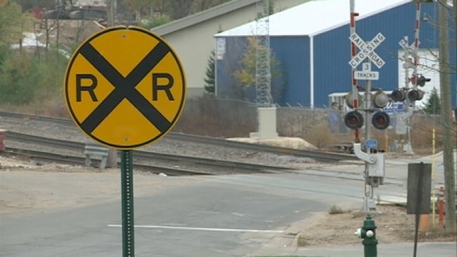 Onalaska seeks train crossing quiet zones