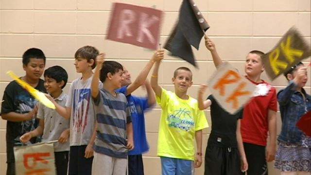 Students learn to be 'Respect Keepers' at Onalaska school